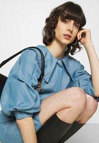 JUST FEMALE - TEXAS DRESS - Shirt dress - light blue - 3