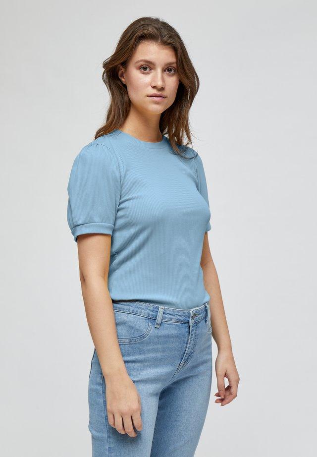 JOHANNA  - T-shirt basic - powder blue