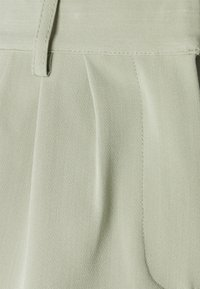 Object Petite - OBJMALOU  - Shorts - desert sage - 2