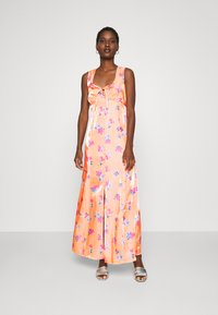 Who What Wear - TIE FRONT DRESS - Maxi dress - blossom orange - 1
