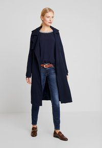 Marc O'Polo DENIM - ALVA SLIM - Slim fit jeans - dark crosshatch wash - 1
