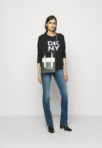 DKNY - STACKED LOGO  - Sweatshirt - black - 1