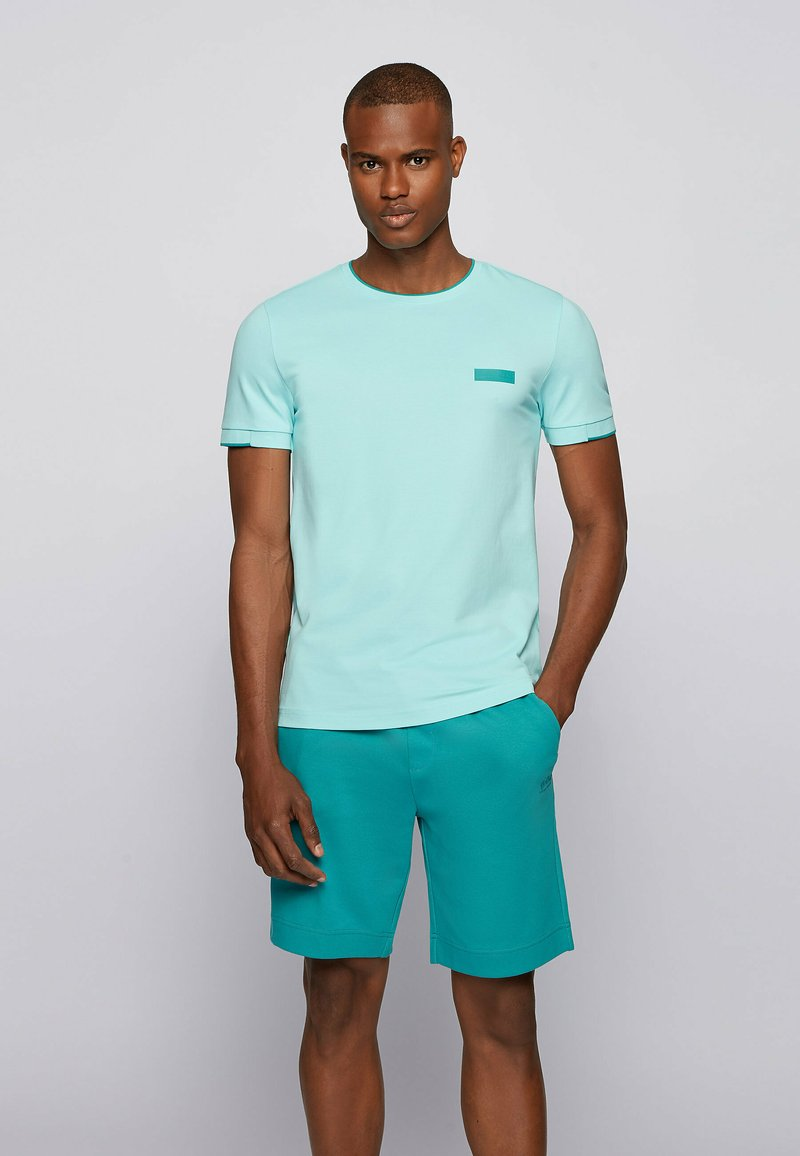 BOSS - Basic T-shirt - open blue