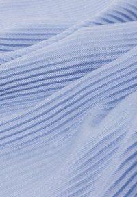 zero - Scarf - soft blue melange - 1