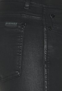7 for all mankind - CROPPED BOOT UNROLLED - Bootcut jeans - black - 2