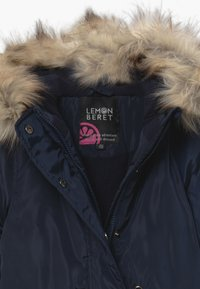 Lemon Beret - SMALL GIRLS - Winter coat - navy blazer - 3