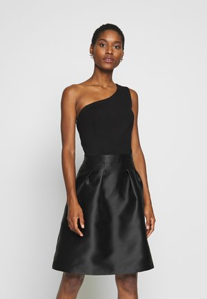 ONE SHOULDER - Cocktailkjole - black