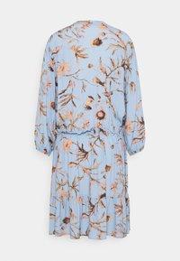 Mos Mosh - THERESA THISTLE DRESS - Košilové šaty - bel air blue - 1