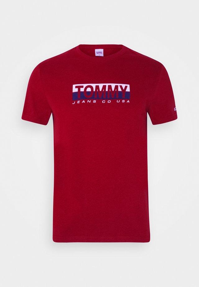 CONTRAST UNISEX - Camiseta estampada - wine red