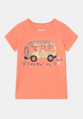 KID - T-shirt z nadrukiem - light orange