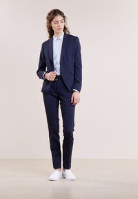 Tiger of Sweden - LOVANN - Trousers - peacoat blue - 1
