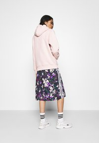 adidas Originals - BELLISTA SPORTS INSPIRED SKIRT - Spódnica ołówkowa  - multicolor - 2