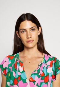J.CREW - COCHE HANA MILDRED FLORAL - Blouse - purple/green - 3
