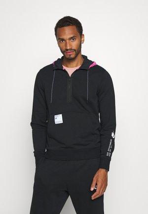 HOODIE - Hættetrøjer - black/pink