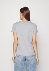 esmé studios - SIGNE - Basic T-shirt - grey melange - 2