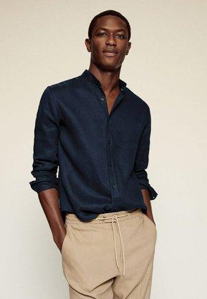 SLIM FIT  - Shirt - donkermarine