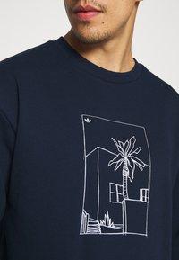 adidas Originals - GRAPHIC CREW - Sweatshirt - collegiate navy - 3