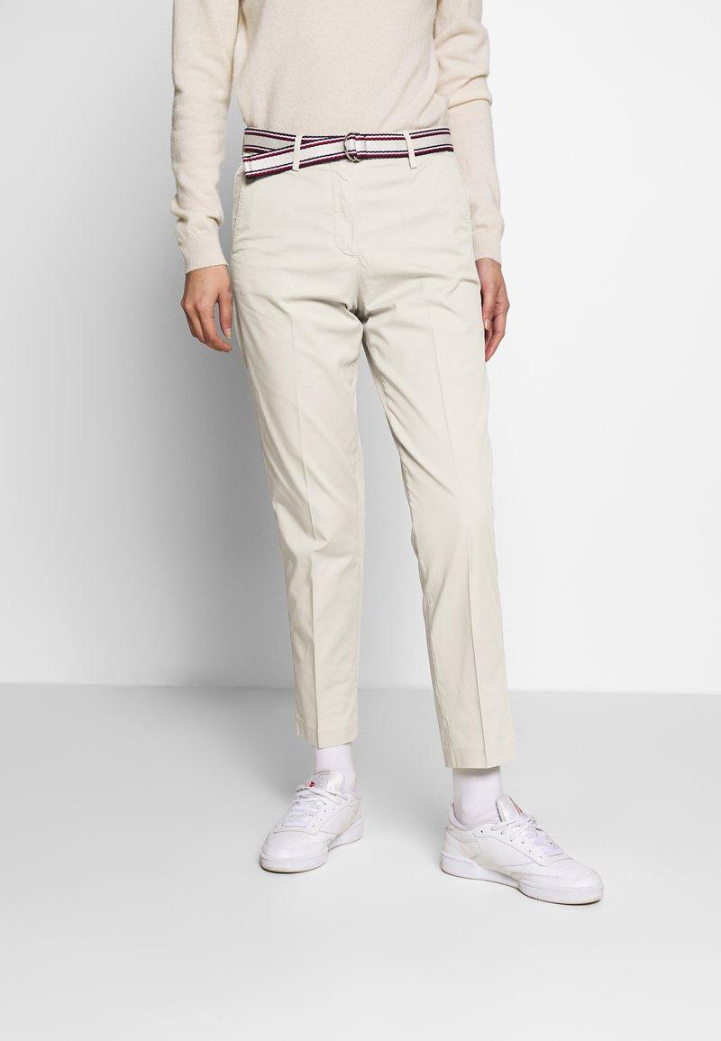 Tommy Hilfiger - SLIM PANT - Trousers - light stone