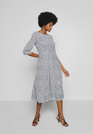 FITTED WAIST MIDI LENGTH - Kjole - black