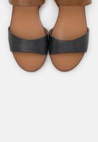 Caprice - Sandals - ocean/nut - 5
