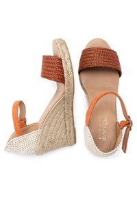 Eva Lopez - High heeled sandals - Naranja - 3