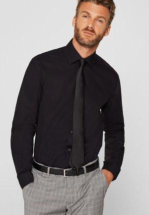 MIT MECHANISCHEM STRETCH - Zakelijk overhemd - black