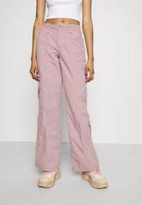 BDG Urban Outfitters - 90S PANT - Pantaloni cargo - elderberry - 0