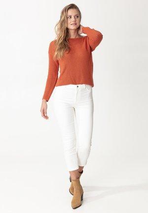 GRACE - Trousers - white