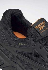Reebok - RIDGERIDER GTX 5.0 SHOES - Hiking shoes - black - 10
