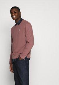 Abercrombie & Fitch - ICON CREW - Sweatshirt - burgundy - 3