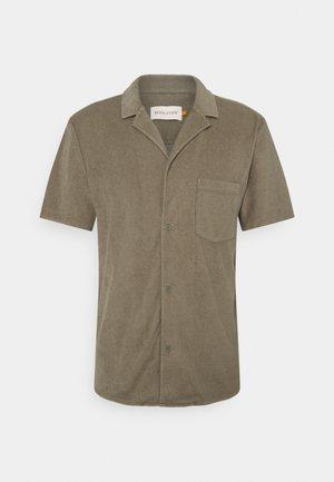 TERRY CUBAN - Shirt - army