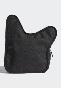 adidas Originals - SLING BAG UNISEX - Taška spříčným popruhem - black/white - 1