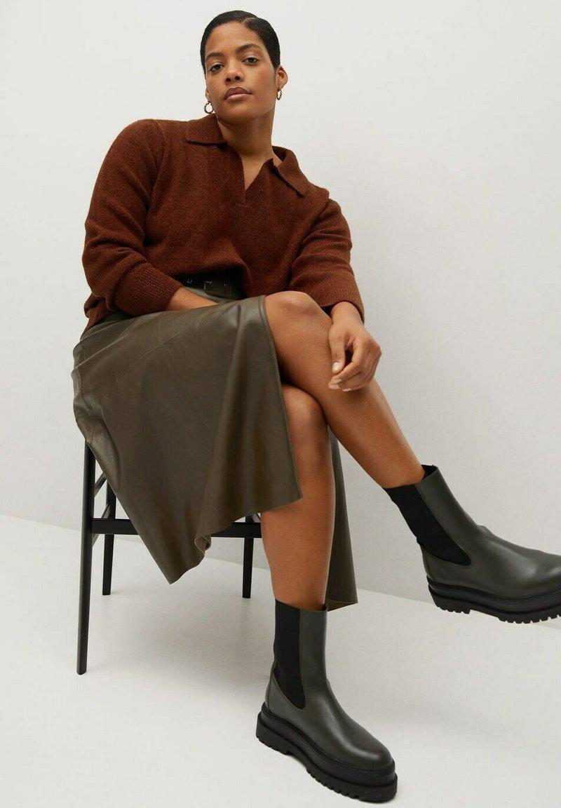 Violeta by Mango - MANY-I - Ankle boot - dunkelgrün