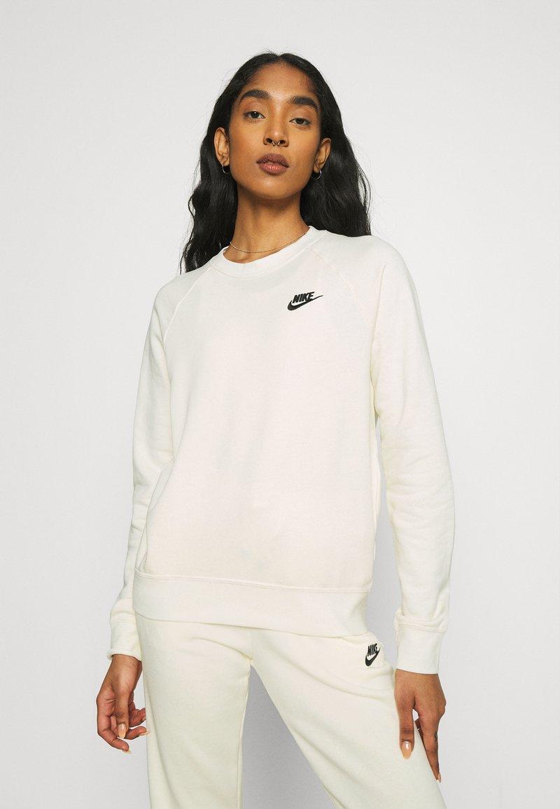 Nike Sportswear - Sweatshirt - coconut milk/black