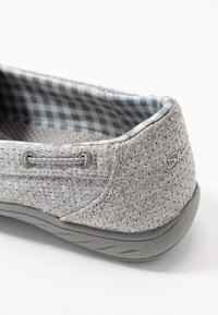 Skechers Wide Fit - SYNERGY 3.0 - Zapatillas - grey - 2