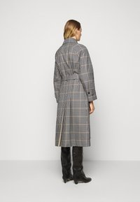 WEEKEND MaxMara - ARLETTE - Trenchcoat - weiss - 3