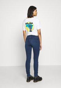Wrangler - Skinny džíny - noble blue - 2