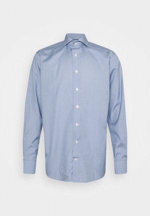 Contemporary Fit -  Poplin Shirt - Formal shirt - lightblue
