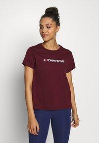 Tommy Sport - MIX CHEST LOGO - Print T-shirt - purple - 0