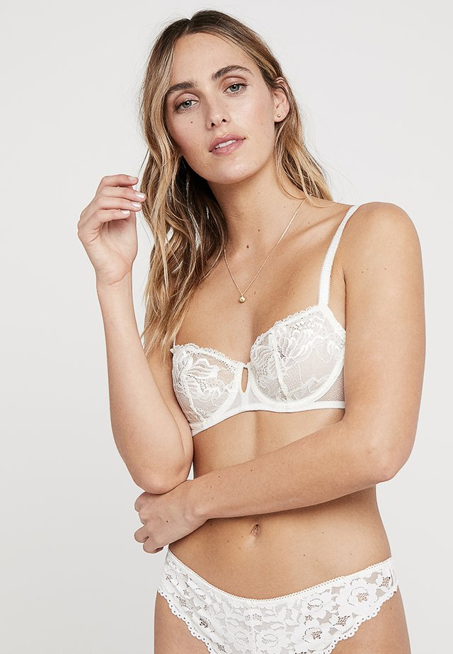 PROMESSE - Underwired bra - naturel
