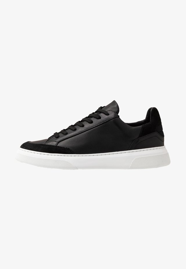 OFF COURT - Sneaker low - black