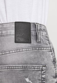 Only & Sons - ONSPLY LIFE SHORTS - Jeansshorts - grey denim - 4