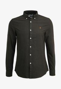 BREWER SLIM FIT - Shirt - evergreen