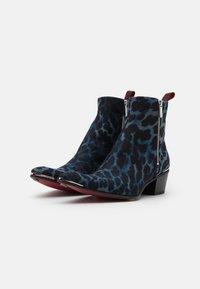Jeffery West - VEGAN SYLVIAN DOUBLE ZIP UNISEX - Cowboy/biker ankle boot - blue - 1