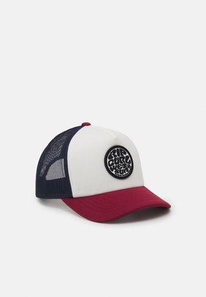 WETTY TRUCKER BOY - Cap - white/red