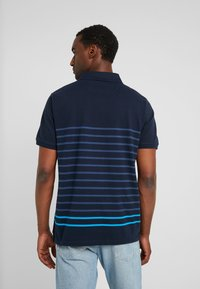 Timberland - MILLERS RIVER STRIPE  - Polo shirt - dark sapphire - 2