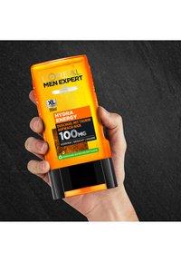 L'Oréal Men Expert - HYDRA ENERGY SUSTAINABLE BOX - Bath and body set - - - 5