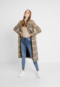 ONLY - ONLMILA - Jeans Skinny Fit - medium blue denim - 1