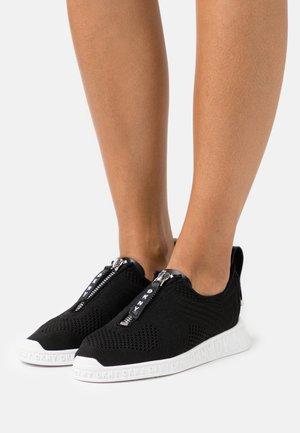 MELISSA - Trainers - black