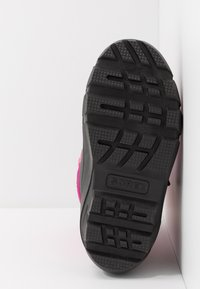 Sorel - YOUTH FLURRY - Snowboot/Winterstiefel - deep blush/tropic pink - 5